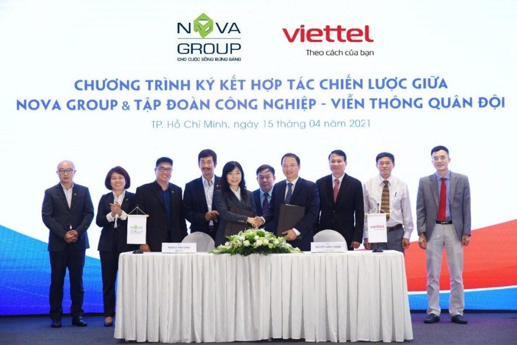Lễ ký kết với Viettel trong dự án Aqua City Novaland
